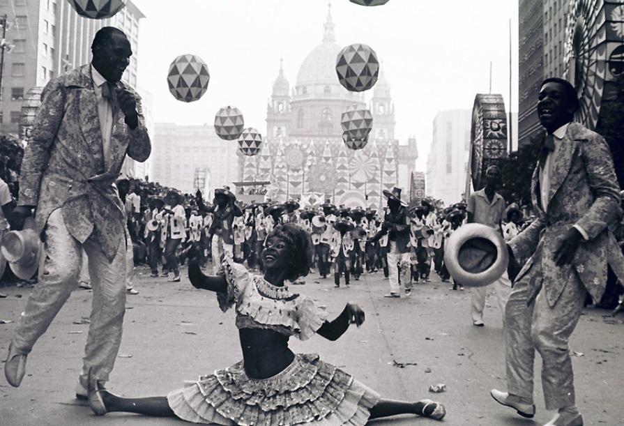 История карнавала