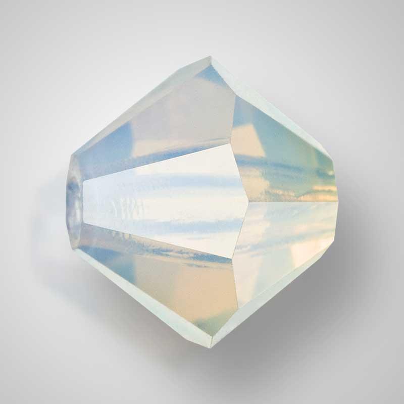 Хрустальные бусины - Биконусы - - 4mm - - (в одной упаковке 720 шт.) - - wh.opal AB